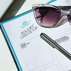 SuccesPlanner maand check-up Cat Eye Sunglasses, Lifestyle, Check, Fashion, Fashion Styles, Moda, Fasion