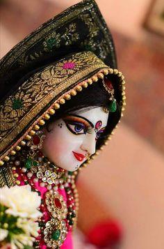 Krishna Hindu, Radha Krishna Love Quotes, Krishna Bhagwan, Krishna Janmashtami, Radha Rani, Deities