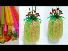ดอกไม้จากหลอด ดอกไม้แขวนจากหลอด by มายมิ้นท์ Flowers hanging from straws - YouTube Diy Crafts For Home Decor, Handmade Home Decor, Crafts For Kids, Straw Crafts, Rope Crafts, Plastic Bottle Crafts, Recycle Plastic Bottles, Chicken Crafts, Diy Friendship Bracelets Patterns