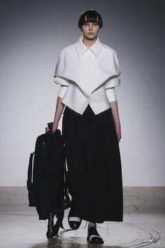 London College of Fashion Ready To Wear Fall Winter 2015 London - NOWFASHION