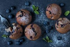Zdravé pohankové muffiny s borůvkami Vegan Baking, Food Styling, Vegan Vegetarian, Food And Drink, Low Carb, Gluten Free, Cookies, Chocolate, Breakfast