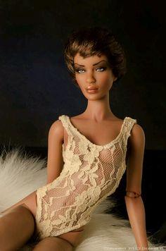 Jamieshow Sabina Doll