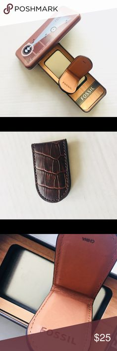 Fossil Magnetic Money Clip FOSSIL MAGNETIC MONEY CLIP IN DARK BROWN, CROCO EMBOSSED LEATHER, Box Included. Fossil Accessories Money Clips