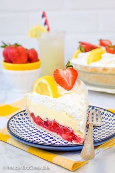 Lemon Cream Strawberry Pie - a flakey pie crust filled with strawberry pie filling and a lemon cream filling makes a pretty dessert! Make this easy pie recipe for summer picnics and parties! Raspberry Tarts, Strawberry Pie, Strawberry Desserts, No Bake Summer Desserts, Köstliche Desserts, Delicious Desserts, Lemon Desserts, Yummy Food, Flakey Pie Crust