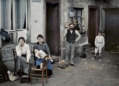 Stéphane Passet, Family in the Rue du Pot-de-Fer, Paris, 24 Juin 1914.