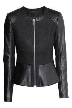 Wool and faux leather peplum jacket Peplum Jacket, Sweater Jacket, Classy Outfits, Beautiful Outfits, Trendy Outfits, New Mode, Moda Fashion, Womens Fashion, Leder Outfits