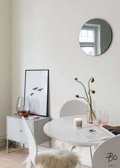 New listing Bo lkv, styling Peeta Peltola Helsinki, Living Room Green, Contemporary Home Decor, Cozy House, Sweet Home, New Homes, House Design, Interior Design, Ikea Ideas