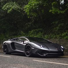 Lamborghini Aventador Super Veloce Roadster painted in Grigio Photo taken by: @harrisonkcars on Instagram (@elliejemmett on Instagram, her father, is the owner of the car) #Lamborghini #FastCars