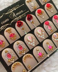 Rhinestone Nails, Bling Nails, Caviar Nails, Manicure, Nails Design With Rhinestones, Nail Jewels, Sell Gold, Bindi, Hair Sticks