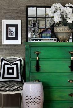 Old dresser turned green dresser + grasscloth wallpaper. I want a green dresser! Home Design, Design Hotel, Design Design, Design Ideas, Graphic Design, Green Dresser, Green Drawers, Tall Dresser, Colored Dresser