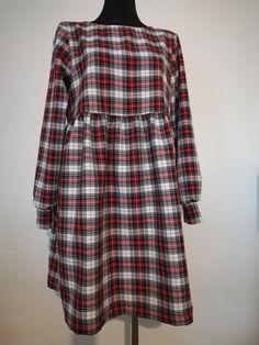 Zapraszamy po wyjątkowe tkaniny do TkaneDziane.pl #tkanedziane.pl #szkocka_krata #polscy_projektanci #top_moda #moda_z_wybiegów #krata #samauszyłam #sukienka #midi #tartan Tartan, Plaid, Shirts, Women, Fashion, Gingham, Moda, Women's, La Mode