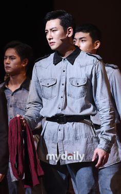 "[Musical] Ji Chang Wook performs for ""Shinheung Military School"" press call (image heavy) Healer Korean, Park Hyung, Ji Chang Wook, Lee Joon, Lee Min Ho, Perfect Man, Namjoon, Lace Skirt, Musicals"