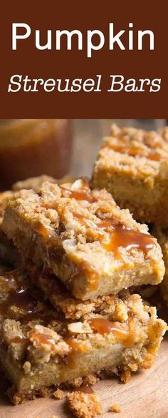 Pumpkin Cheesecake Bars with Streusel Topping Pumpkin bars with a cheesecake-like filling and a crunchy streusel topping. Makes the perfect make-ahead dessert for football parties or Thanksgiving! Pumpkin Cheesecake Bars, Pumpkin Bars, Pumpkin Dessert, Pumpkin Spice, Make Ahead Desserts, Köstliche Desserts, Dessert Recipes, Pumpkin Recipes, Fall Recipes