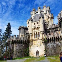 España es tierra de castillos… De norte a sur, de este a oeste, Skyscanner te trae nuestras mejores fortalezas y castillos.