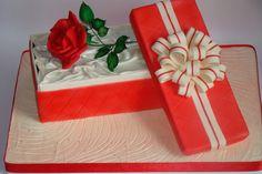 торт- коробка с розой