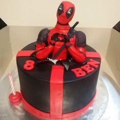 Deadpool figurine is edible.(#sugarfigurine)  #birthdaycake #birthdayboy #cake #cake #cakestagram #instacake #deadpool #marvel #marvelcomics #celebration #celebrations #celebrationcake #fondantcake #fondant #kids #love #instakids #instalove #instabirthday #rainbowcake #sweettooth #cakeart #instacake #cakestagram by mycupsncakes