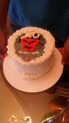 Black ops buttercream cake.