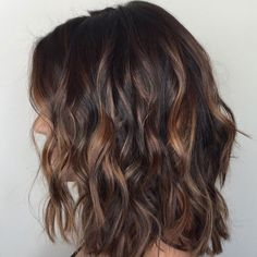28 Incredible Examples of Caramel Balayage on Short Dark Brown Hair.Caramel Balayage on Short Dark Brown HairRecently, most famous lopped […] Short Brown Hair, Brown Blonde Hair, Brown Hair With Highlights, Light Brown Hair, Balayage Highlights, Hair Color Balayage, Caramel Balayage, Black Hair, Red Black