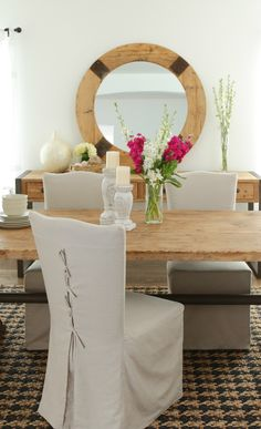 Rustic dining room. Love the table.