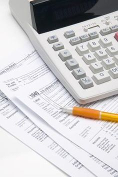 How to Calculate Self Employment Tax If You Are Being Paid as an Independent Contractor