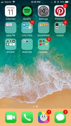 Cute Home Screens, Hijab Hipster, Photo Games, Iphone Layout, Phone Organization, Wallpaper App, Photos Tumblr, Homescreen, App Design