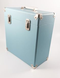 Vinyl records are well and truly back in fashion. This vintage feel case is a perfect accessory to store your records and complement your home design. Here at Design Essentials we love this duck egg blue!  http://designessentials.org.uk/product/vinyl-record-case-in-blue/