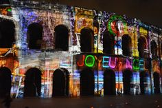 Projections d'images - Noël Nîmes 2015