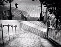 ANDRE KERTESZ Stairs of Montmartre, 1925