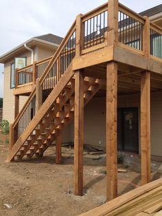 Cedar Landing and Stair Detail-Classic Aluminum Spindle-NRT Contracting-Papillion/La Vista