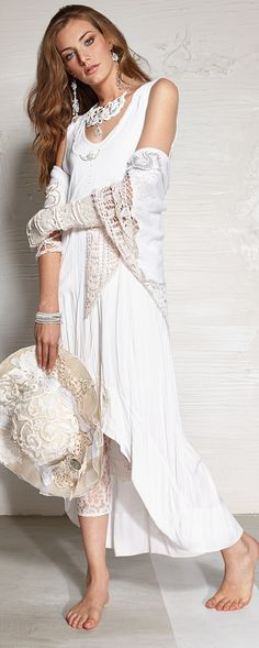Daniela Dallavalle SS15 #laces #ss15 #collection #white #elisacavaletti #fashion