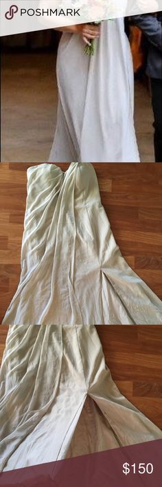 Jenny Yoo Bridesmaids Dress Long, pale grey chiffon dress. Tasteful slit on the bottom. Structured top to support large chest. *Needs to be dry cleaned. Jenny Yoo Dresses Strapless