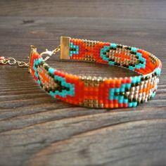 """Bracelet, collection Laura"""", tissage perle miyuki dans les tons rouge, orange, turquoise et doré -Bijoux Enora-"""