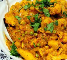 Gobi Matar Masala (Cauliflower Peas Curry) - Gluten Free, Vegan