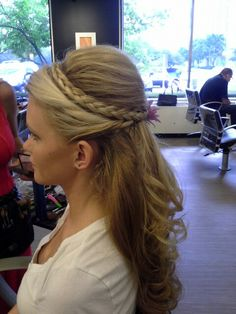 10 Best Wedding Hairstyles For Long Hair Prom Hairstyles For Short Hair, Curls For Long Hair, Wedding Hairstyles Half Up Half Down, Evening Hairstyles, Dance Hairstyles, Retro Hairstyles, Fancy Ponytail, Ponytail Styles, Short Hair Styles