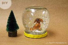 DIY Pet Snowglobe | Ammo the Dachshund    http://www.ammothedachshund.com/2012/12/20/12-days-of-cheer-diy-pet-snowglobe/