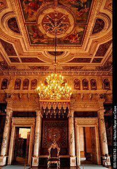 Throne room with chandelier, built in 1856 in the Berlin neo_Renaissance style, Schweriner Schloss castle, built from 1845 to 1857, romantic historicism , Schwerin, Pomerania , Germany