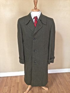 Sale 1960s Mens Green Twill Coat -- Heavy Wool -- Preppy Coat -- Winter Jacket -- Preppy Ivy League -- 38 M Medium