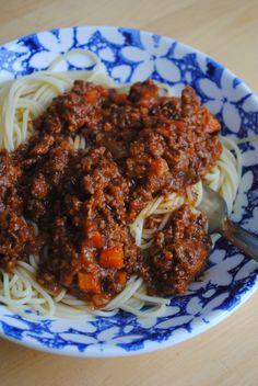Lori's Lipsmacking Goodness: Bolognese Sauce