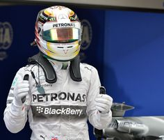 Hamilton masters the wet for pole in Chinese GP   #F1   Gear X Head