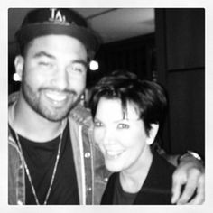 Of course Kris Jenner HAD to take a picture with Matt. Description from…