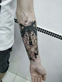 Wolf tattoo by Marciel da Silva, Gaspar, SC. - Wolf tattoo by Marciel da Silva, Gaspar, SC. Wolf Tattoo Forearm, Wolf Tattoo Sleeve, Cool Forearm Tattoos, Body Art Tattoos, Sleeve Tattoos, Cool Tattoos, Tattoo Art, Tattoo Wolf, Tatoos