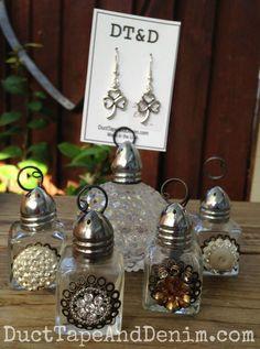 Vintage salt shaker photo holders | DuctTapeAndDenim.com