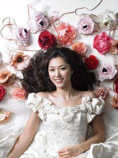 Seo Ji Hye, Korean Actresses, Korean Beauty, Beautiful Actresses, Flower Girl Dresses, Glamour, Gallery, Wedding Dresses, Pictures