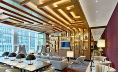 Business and pleasure mix together at the latest Renaissance Hotel in Midtown Manhattan. Situated at a crossroads where the city's vibrant Floral, Garment and Theatre districts meet, the newly built 348-room hotel touts itself as the group's first ...