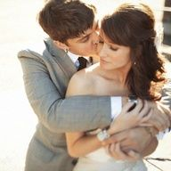 cute wedding picture poses | 10 drool worthy pictures you'll want to add to your list!