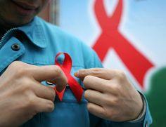 Segundo a ONU, a expectativa de vida dos pacientes com aids hoje é de 55 anos (Foto: China Photos/Getty Images)