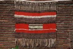 tapiz telar lana,madera,fibras hecho en telar