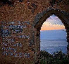 Foto in Sardegna: #quoteoftheday #sardegna #igersitalia #igers_sardegna #calagonone #dafareinsardegna #dafareadorgali #focusardegna #lanuovasardegna #sunset #tramontidisardegna #vivosardegna #lauralaccabadora - via http://ift.tt/1zN1qff