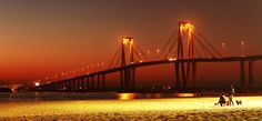 Puente Gral Belgrano desde Playa Arazaty, Corrientes Capital ARGENTINA