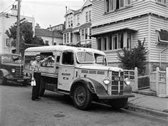 Two Bedford trucks circa 1950 are in this view, the first used by the Wellington City Council municipal milk department, Wellington City, Wellington New Zealand, Vintage Trucks, Old Trucks, Bedford Truck, Mobile Cafe, Classic Chevy Trucks, Commercial Vehicle, Car Manufacturers